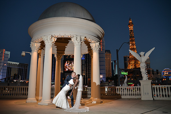 Caesars Palace Wedding Photos | Las Vegas Strip Wedding Ideas