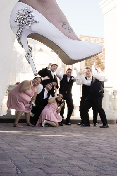 Funny Group Wedding Photo Ideas