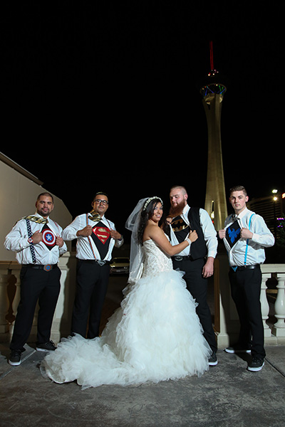 Las Vegas Wedding Photos | Group Wedding Photo Ideas