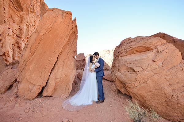Valley of Fire Weddings | Rustic Weddings