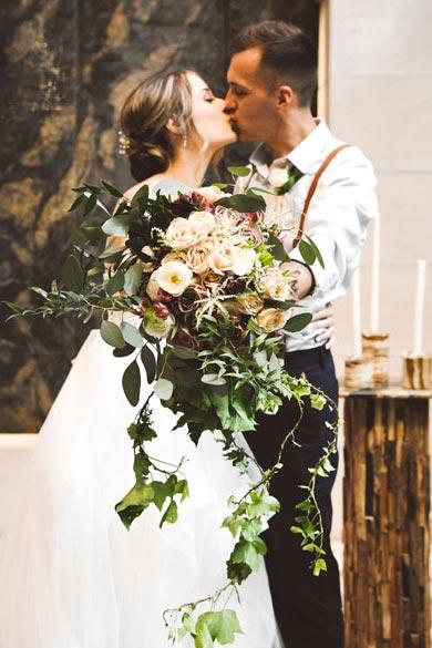 Garden Rose Bridal Bouquet | Bouquet Ideas | Fall Wedding Flowers | Fall Wedding Ideas