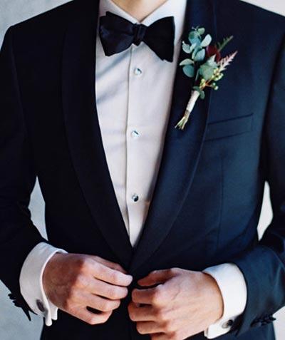 Fall Boutonniere | Fall Wedding Flowers | Fall Wedding Ideas