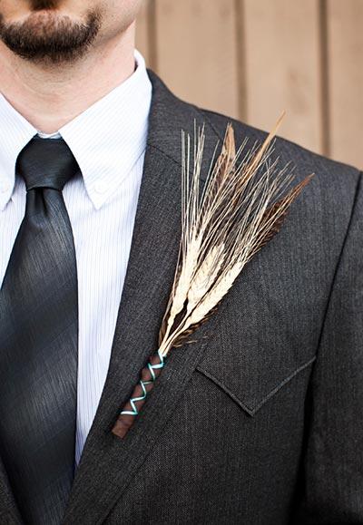 Wheat Boutonniere | Boutonniere Ideas | Fall Wedding Flowers | Fall Wedding Ideas
