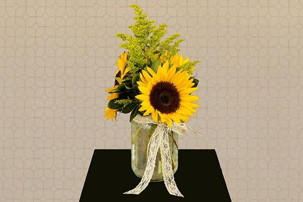 Sunflower Centerpiece | Fall Wedding Décor | Fall Wedding Ideas