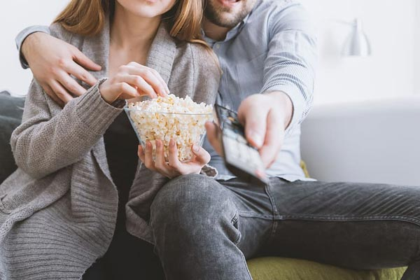 Movie Night Date | Quarantine Date Ideas | At home Date Ideas