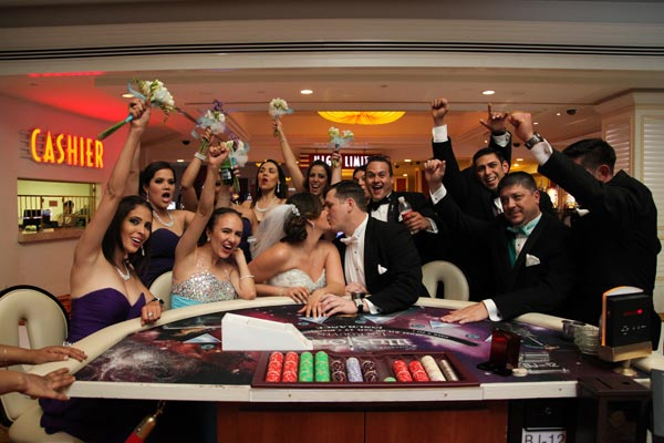Elope in Vegas | Wedding Planning during Pandemic | Las Vegas Wedding Planning Tips 2020