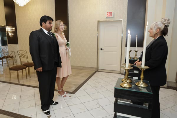 Social Distancing | Las Vegas Weddings During Coronavirus | CDC Guidelines to Keep Customers Safe
