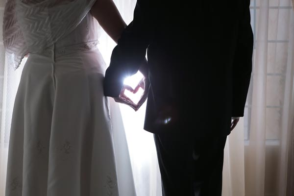 Love During a Pandemic | Las Vegas Weddings During Coronavirus | CDC Guidelines to Keep Customers Safe