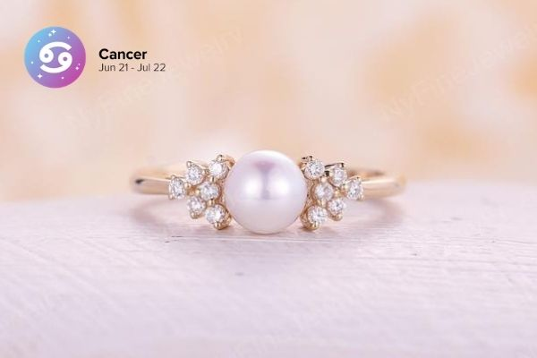 Cancer Engagement Ring | Zodiac Engagement Rings | Engagement Rings Based on Horoscope