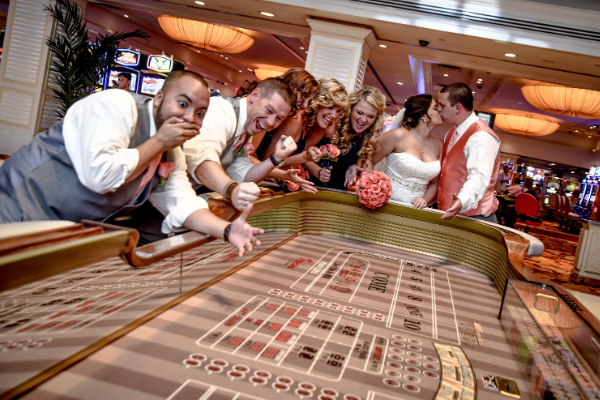 Best Month to Get Married in Vegas | Best and Worse Wedding Dates for 2021 & 2022 | 2021 & 2022 Lucky Wedding Dates